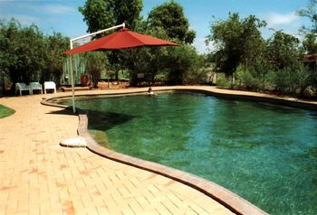 Pool - Kings Canyon Resort